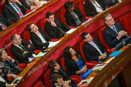 Stock Image of French Economy Minister Emmanuel Macron (front Row-l) Health Minister Marisol Touraine (2-l) Labor Minister Myriam El Khomry (3-l) and Prime Minister Manuel Valls (4-l) and President of the Cese Jean Paul Delevoye Attend the 4th Social Conference on Employment at the French Economic Social and Environmental Council (cese) in Paris France 19 October 2015 the Biggest Labor Union Cgt Boycotts the Meeting After Social Incidents at the French Airline Company Air France France Paris