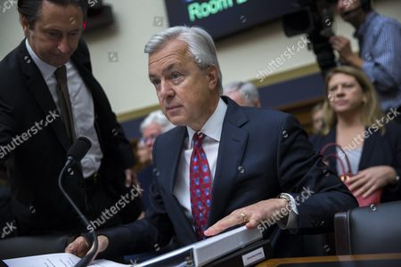 Chairman and Ceo of the Wells Fargo & Company John Stumpf (c) Prepares to Testify Before the House Financial Services Committee Hearing on 'Holding Wall Street Accountable: Investigating Wells Fargo's Opening of Unauthorized Customer Accounts ' Capitol Hill in Washington Dc Usa 29 September 2016 the State Treasurer of California is Suspending Large Parts of the State's Business with Wells Fargo Due to the Scandal Involving Unauthorized Customer Accounts United States Washington