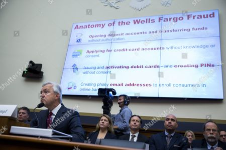 Chairman and Ceo of the Wells Fargo & Company John Stumpf (l) Testifies Before the House Financial Services Committee Hearing on 'Holding Wall Street Accountable: Investigating Wells Fargo's Opening of Unauthorized Customer Accounts ' Capitol Hill in Washington Dc Usa 29 September 2016 the State Treasurer of California is Suspending Large Parts of the State's Business with Wells Fargo Due to the Scandal Involving Unauthorized Customer Accounts United States Washington
