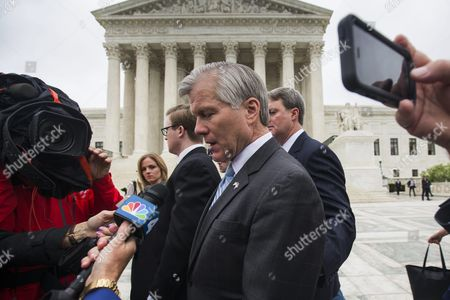 Former Virginia Governor Bob Mcdonnell Leaves the Supreme Court After the High Court Heard Oral Arguments in His Federal Corruption Case in Washington Dc Usa 27 April 2016 Mcdonnell Asked the Supreme Court to Throw out His 2014 Federal Corruption Conviction For Extortion and Fraud United States Washington