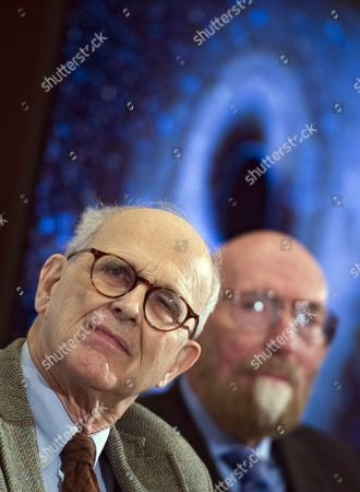 Professor of Theoretical Physics at Caltech Kip Thorne (r) and Emeritus Professor of Physics at Mit Rainer Weiss (l) Listen to Remarks on the Discovery of Gravitational Waves During a Press Conference in Washington Dc Usa 11 February 2016 Us Researchers Say They Have Detected Gravitational Waves Which Physicist Albert Einstein First Described 100 Years Ago As 'Ripples in the Fabric of Space-time ' Scientists From Caltech and the Massachusetts Institute of Technology (mit) Made the Announcement in Washington and Other Locations Around the World the Signal Detected with Ligo an Observatory with Sites on Both Sides of the United States was Very Clear and There was No Room For Doubt That It was Direct Evidence of the Waves Said Bruce Allen who is Acting Director at Germany's Max Planck Institute For Gravitational Physics United States Washington