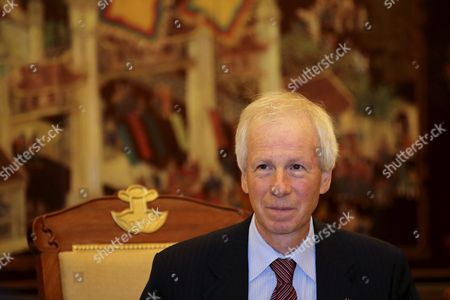 Canadian Foreign Minister Stephane Dion Talks to His Vietnamese Counterpart Pham Binh Minh (not Pictured) During a Meeting at the Government Guesthouse in Hanoi Vietnam 05 September 2016 Dion is on an Official Visit to Vietnam From 03 to 08 September 2016 Viet Nam Hanoi