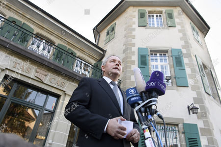 Matthieu Reeb General Secretary of the Court of Arbitration For Sport (cas) Speaks to Journalists During the Release of the Decision in the Case Between Joseph S Blatter and the Federation Internationale De Football Association (fifa) in Front of the Court of Arbitration For Sport (cas) in Lausanne Switzerland 05 December 2016 Former Fifa President Sepp Blatter Has Lost His Appeal to the Cas Against His Six-year Ban From Soccer Switzerland Schweiz Suisse Lausanne