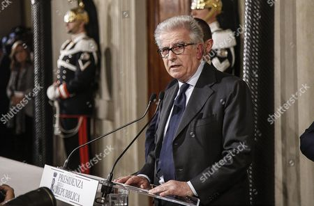 Luigi Zanda For Democratic Party After a Meeting with Italian President Sergio Mattarella at the Quirinal Palace in Rome Italy 10 December 2016 Italian President Mattarella is Holding Talks with Political Parties Leaders About the Best Way out of the Crisis Sparked by the Government's Stunning Defeat in a Constitutional Reform Referendum on 04 December Italy Rome