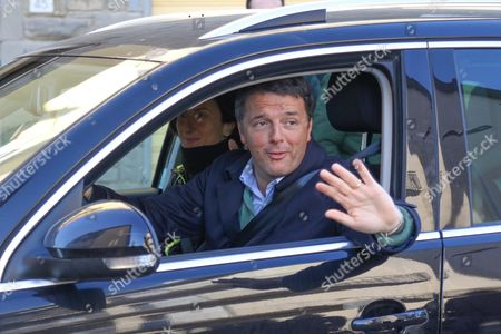Former Italian Premier Matteo Renzi with His Wife Agnese Driving His Car in Pontassieve Near Florence the Day After His Resignation 08 December 2016 Matteo Renzi on 07 December Handed in His Resignation to President Sergio Mattarella After a Resounding Defeat in the Constitutional Reform Referendum Which Saw His Shrinkage of Italy's Political System Rejected Mattarella Invited the Government to Stay in Charge of Day-to-day Business and Said He Would Start His Crisis Consultations at 18:00 Local Time Thursday Beginning with Lower House and Senate Speakers Laura Boldrini and Pietro Grasso and Former President Giorgio Napolitano Italy Pontassieve, Italy