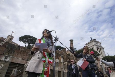 Stock Photo of Rome Mayor Virginia Raggi (l) During the Presentation of the Reopening to the Public of the Archaeological Area of the Imperial Forums in Rome Italy 24 November 2016 the Imperial Forums in Rome Built by Emperors Including Augustus Trajan and Hadrian As Well As Julius Caesar Open to Daytime Guided Tours in the Wake of Similar Illuminated Evening Summertime Tours Introduced by Former Rome Mayor Ignazio Marino Italy Rome (italy)