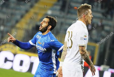 Empoli's Riccardo Saponara (l) Celebrates After Scoring the 1-1 Equalizer During the Italian Serie a Soccer Match Between Empoli Fc and Ac Milan at Carlo Castellani Stadium in Empoli Italy 26 November 2016 Italy Empoli