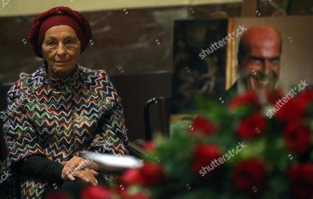 Stock Image of Italian Former Foreign Minister Emma Bonino Attends the Non-religious Funeral of the Top Italian Oncologist and Former Health Minister Umberto Veronesi at City Hall in Milan Italy 11 November 2016 Veronesi who Died Aged 90 on 08 November was Internationally Respected For His Groundbreaking Work on Preventing and Treating Breast Cancer Italy Milan (italy)