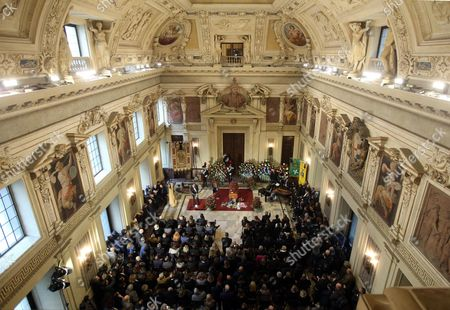 Stock Photo of The Non-religious Funeral of the Top Italian Oncologist and Former Health Minister Umberto Veronesi at City Hall in Milan Italy 11 November 2016 Veronesi who Died Aged 90 on 08 November was Internationally Respected For His Groundbreaking Work on Preventing and Treating Breast Cancer Italy Milan (italy)