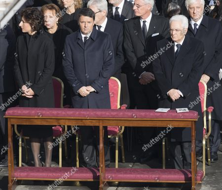 Italian Prime Minister Matteo Renzi (2-l) with His Wife Agnese Landini and Italian President Sergio Mattarella (r) Attend the Mass on the Solemnity of Christ the King Celebrated by Pope Francis with the Closing of the Holy Door Which Concludes the Jubilee of Mercy at the Vatican 20 November 2016 Vatican City State (holy See) Vatican City