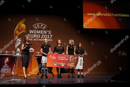 (l-r) Dutch Diana Kuip German Nadine Kessler and Dutch Manon Melis During the Draw For Uefa Women's Euro 2017 (weuro 2017) at the Luxor Theater in Rotterdam the Netherlands 08 November 2016 the European Championship For Women Will Take Place From July 16 Till 06 August 2017 in the Netherlands Netherlands Rotterdam