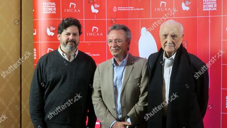 Artistic Director of the Festival Fernando Martin (l) Argentinia Actor Oscar Martinez (c) and President of the Festival Jose Antonio Martinez Suarez (r) Pose For a Photo During the International Film Festival of Mar Del Plata Argentina 08 November 2016 Argentina Mar Del Plata
