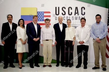 (l-r) Us Ambassador to Colombia Kevin Whitaker Vice President to Americas of Us Commerce Chamber Jodi Hanson Bond; Vice President of Us Chamber of Commerce Myron Brillant Colombian President Juan Manuel Santos Us Vice President Joe Biden Colombian Minister of Commercce Tourism and Industry Maria Claudia Lacouture President of the Association of Colombian Industries (andi) Bruce Mac Master and Embassador of Colombia to Us Juan Carlos Pinzon Pose After a Meeting in Cartagena Colombia 02 December 2016 Colombia Cartagena