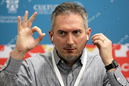 Stock Photo of Us Writer James Dashner Attends a Press Conference on the Fifth Day of the 30th Guadalajara International Book Fair (fil) in Guadalajara Mexico 30 November 2016 Dashner Presented His Science Fiction Book 'Codigo C R U E L ' (the Fever Code) Which is a Prequel to His Maze Runner Trilogy Mexico Guadalajara