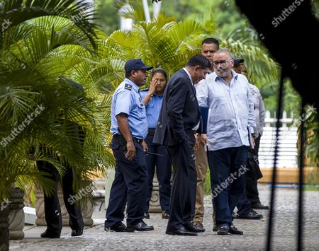 Former El Salvador President Mauricio Funes (r) Leaves Nicaraguan Foreign Affairs Ministers Facility During a Meeting with Nicaraguan Authorities and Oas Representatives in Managua Nicaragua 05 November 2016 Five Latin American Former Leaders Are in Nicaragua to Observe the General Elections Taking Place on 06 November where President Daniel Ortega is the Main Favorite and Aspires For His Fourth Consecutive Term in Office Nicaragua Managua