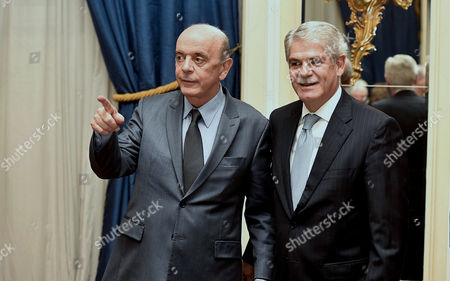 Foreign Minister of Brazil Jose Serra (l) and His Counterpart From Spain Alfonso Dastis (r) Arrive to the Dinner Organized by the Spain-brazil Council Foundation Held at the Hotel Ritz in Madrid Spain 22 November 2016 Spain Madrid