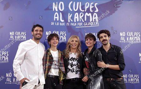 Spanish Film Director Maria Ripoll (c) Poses with Actors and Cast Members Veronica Echegui (2-r) and Alba Galocha (2-l) Alex Garcia (l) and David Verdaguer During the Presentation of 'No Culpes Al Karma De Lo Que Te Pasa Por Gilipollas' (don't Blame the Karma For Being an Idiot) in Madrid Spain 08 November 2016 the Movie Based on Laura Norton's Homonymous Novel Will Be Premiered on 11 November Spain Madrid
