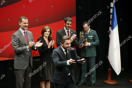 Spanish Chef Joan Roca (c-front) is Applauded by Spain's King Felipe Vi (l) Queen Letizia (l-2) and San Sebastian City Mayor Eneko Goia (r-2 Back) After Receiving a Medal on Behalf of His Restaurant 'El Celler De Can Roca' During the Fine Arts Medals Awarding Ceremony at Victoria Eugenia Theater in San Sebastian Basque Country Northern Spain 05 December 2016 Spain San Sebastian