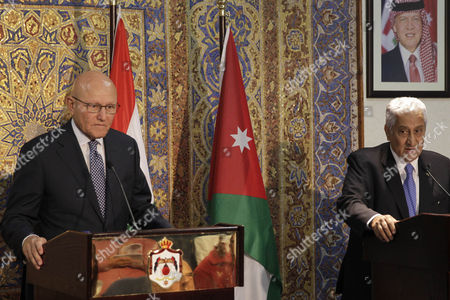Jordanian Prime Minister Abdullah Ensour (r) and His Lebanese Counterpart Tamam Salam (l) During a Joint Press Conference in Amman Jordan 12 August 2015 Ensour and Salam Discussed the Latest Developments in the Middle East Especially the Impact of the Syrian Crisis on the Two Countries Jordan Amman
