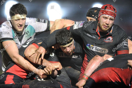 Alasdair Dickinson - Edinburgh prop (centre) is caught in the middle of a maul.