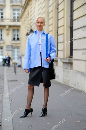 Olga Karput on Boulevard des Invalides. on Day 4 of Paris Fashion Week Ready to Wear Autumn/Winter 2017/18.