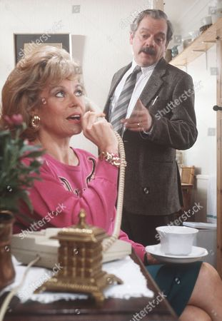 'A Touch of Frost'  TV - 1992 -  Not With Kindness - DI Frost (David Jason) and Marion (Annabel Leventon).