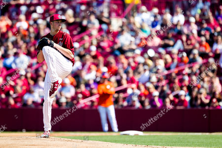 Gamecocks pitcher Adam Hill (15) starts on the hill for the Gamecocks in the NCAA Baseball matchup at Founders Park in Columbia, SC