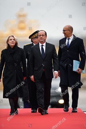 French President Francois Hollande (C), French junior minister for European Affairs Harlem Desir (R) and President of the Public Establishment of the Palace, Museum and National Estate of Versailles, Catherine Pegard (L) arrive for a summit gathering heads of state and governments from France, Germany, Spain and Italy, in Versailles, near Paris, France, 06 March 2017. The Versailles summit comes in preperation for a meeting of EU leaders on 25 March in Rome to mark the 60th anniversary of the Treaty of Rome.