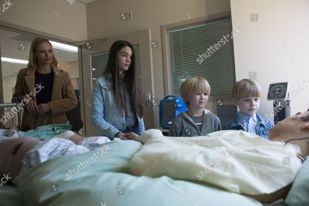 Stock Image of Kate Bosworth, Elizabeth Hunter, Bobby Batson, Hudson Meek