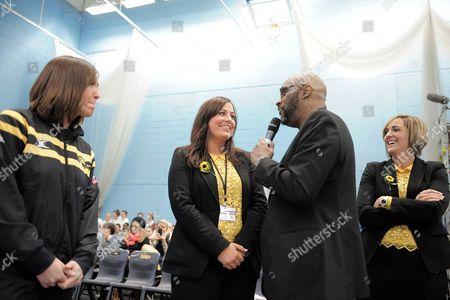 Karen Greig Suzy Chapman and Tracey Neville of Northern Thunder Are Interviewed For the Crowd United Kingdom Manchester