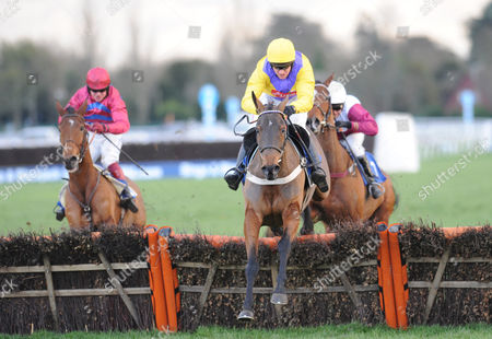 The Williamhill Com-bingo Mares' Handicap Hurdle Race (c) Strawberry (andrew Tinkler) Takes the Last Before Going On to Win From (r) Love of Tara (warren Marston) and (l) Quaspia (robert Thornton) United Kingdom London
