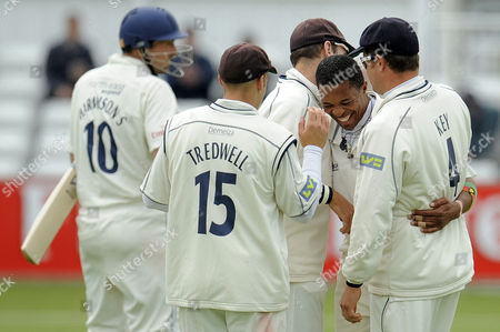 Makhaya Ntini of Kent Ccc Celebrates the Final Durham Ccc Wicket with Captain Robert Key and His Team Mates After Removing Steve Harmison As He Takes Six Wickets in the Innings and Ten in the Match United Kingdom Durham