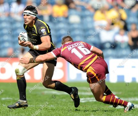 Editorial photo of Huddersfield Giants V Celtic Crusaders - 03 May 2009