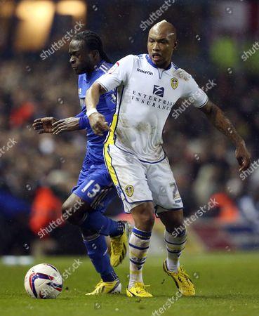 El-hadji Diouf of Leeds United and Victor Moses of Chelsea United Kingdom Leeds