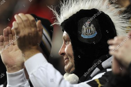Leeds United and Newcastle United Fans Shared A Minutes Applause in the 11th Minute For Ex-player Gary Speed Gb Newcastle
