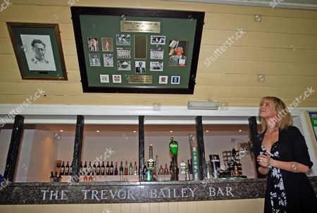 The New Trevor Bailey Bar at Westcliff Cricket Club is Unveiled by His Grandaughter Laura Hurley