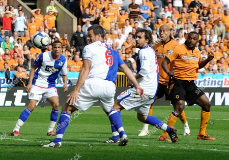 Chris Iwelumo Looks Amazed As the Header of Team-mate Sylvan Ebanks-blake of Wolverhampton Wanderers Goes Past Blackburn Rovers Goalkeeper Paul Robinson For the Equalising Goal 1-1 United Kingdom Wolverhampton