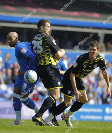 Marlon King of Birmingham City Battles with Cardiff City Defenders Ben Turner and Mark Hudson United Kingdom Birmingham