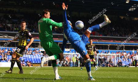 Cardiff City Goalkeeper David Marshall and Marlon King of Birmingham City in Action United Kingdom Birmingham