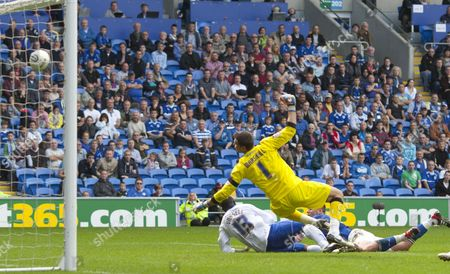 Stock Picture of Leicester City Goalkeeper Darius Vassell Hits the Crossbar with an Injury Time Header United Kingdom Cardiff
