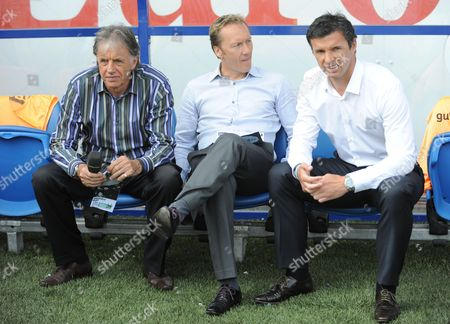 Bbc Pundits and Former Players Mark Lawrenson Left and Lee Dixon Centre Sit with Wales Manager Gary Speed United Kingdom Cardiff