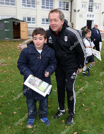 Fulham Fans Poses with Alan Curbishley After the Training Session United Kingdom Motspur Park, New Malden