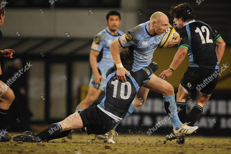 Tom Shanklin of Cardiff Blues in Action Against Glasgow Warriors