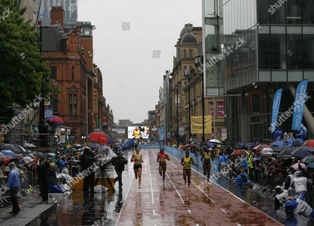 L to R Lee Mcconnell and Montell Douglas of Great Britain Debbie Fergusson-mckenzie of Bahamas and Donna Fraser of Great Britain During the Heats of the Bupa Great Manchester 150 Metres Sprint Street Race United Kingdom Manchester