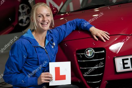 Gb Olympian 1500m Runner Hannah England Learns to Drive