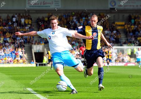 David Winfield of Wycombe Wanderers and James Constable of Oxford United United Kingdom Oxford