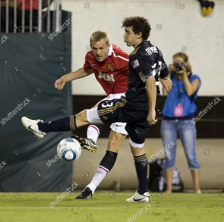 Darren Fletcher of Manchester United and Martin Rivas of Philadelphia Union United States Philadelphia