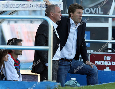 Michael Laudrup manager of Getafe with his assistant John Jensen