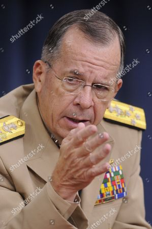 Chairman of the Joint Chiefs of Staff Admiral Mike Mullen Speaks During a News Briefing at the Pentagon in Arlington Virginia Usa 20 September 2011 Admiral Mullen Discussed the Dadt (don't Ask Don't Tell) Policy the Us Military's Former Ban on Openly Gay Troops Which Officially Ends 20 September 2011 United States Arlington