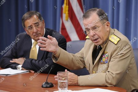 Chairman of the Joint Chiefs of Staff Admiral Mike Mullen (r) and Us Defense Secretary Leon Panetta (l) Hold a News Briefing at the Pentagon in Arlington Virginia Usa 20 September 2011 Admiral Mullen and Secretary Panetta Discussed the Dadt (don't Ask Don't Tell) Policy the Us Military's Former Ban on Openly Gay Troops Which Officially Ends 20 September 2011 United States Arlington
